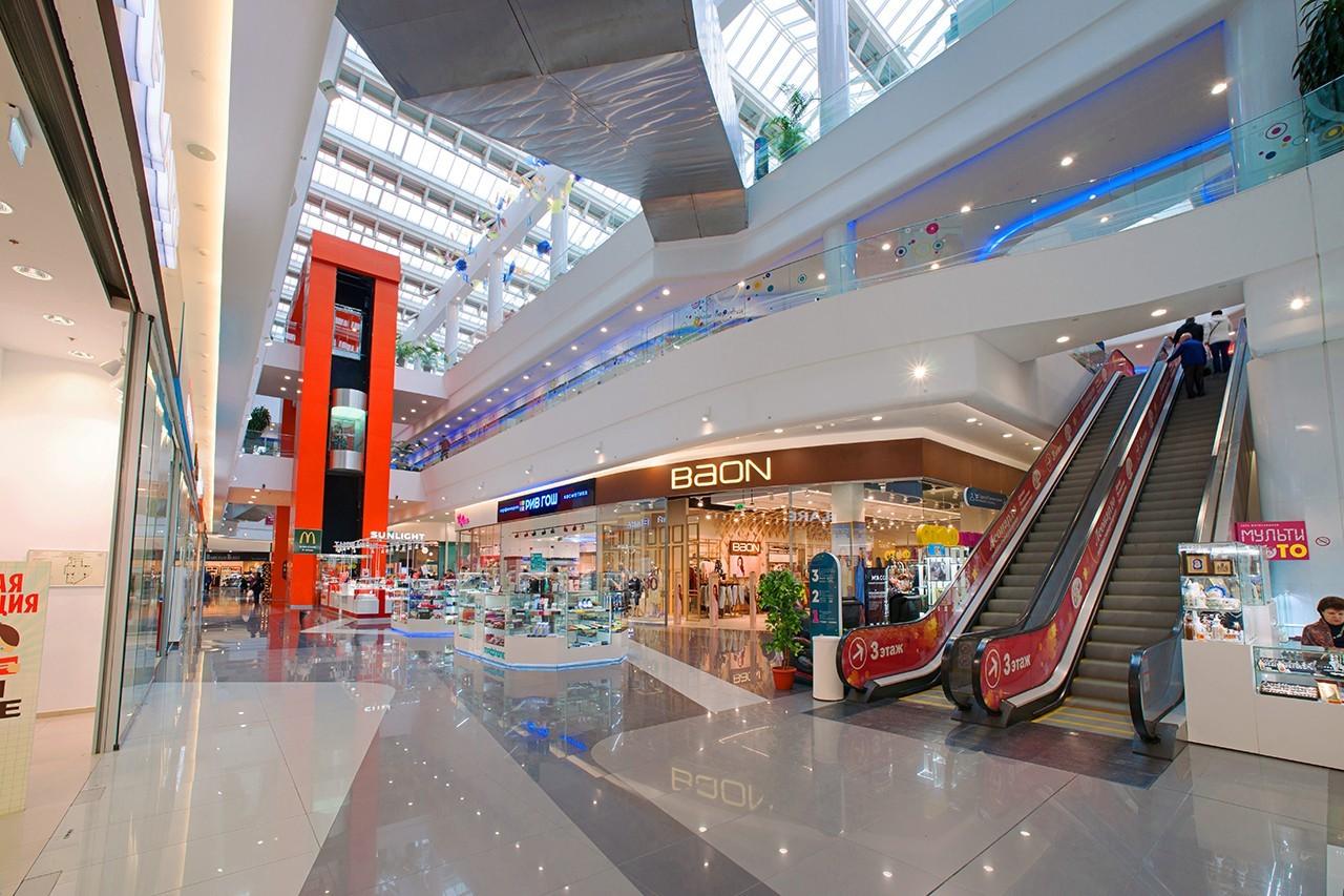 Картинка торгового центра внутри